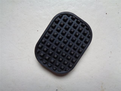 Picture of pedal pad brake and/or clutch, 1 piece