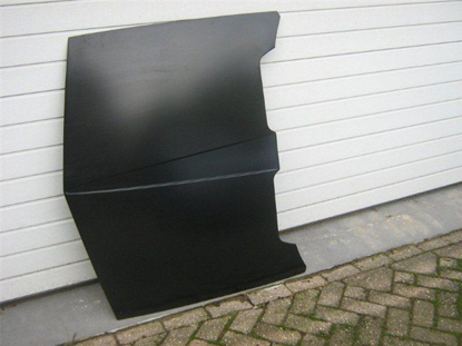 Picture of hood, luggage compartment front