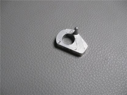 Afbeeldingen van aluminium plaatje (nottolino) achterzijde portieropener, links