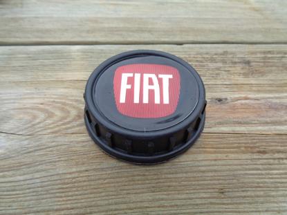 Picture of fuel filler cap with FIAT emblem, black