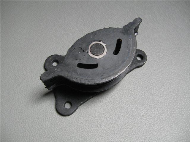 Afbeeldingen van gearbox mount
