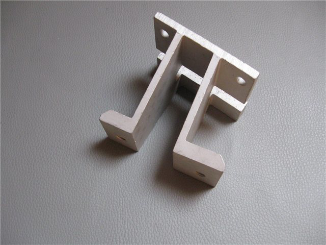 Afbeeldingen van bumpersteun aluminium 1500, voorzijde, rechts
