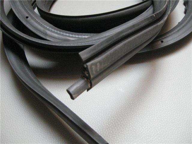 Afbeeldingen van rubber bagageruimte achterzijde