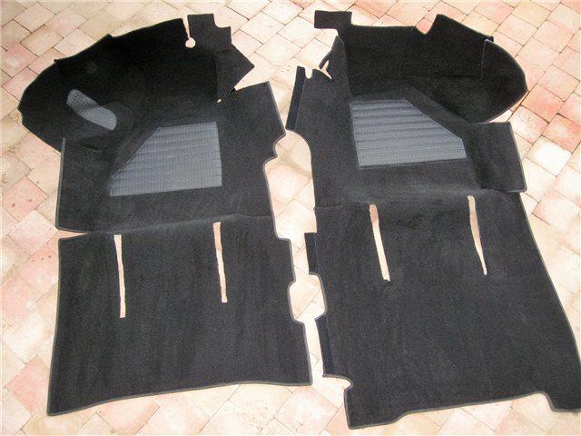Afbeeldingen van tapijt 1300 en 1500, zwart