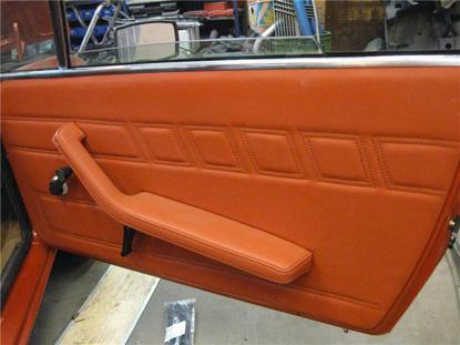 Afbeeldingen van set deurplaten 1300, oranje
