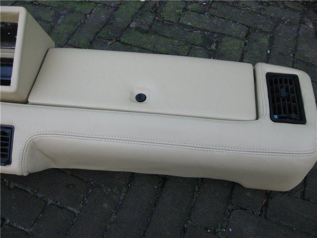 Afbeeldingen van dashboard 1500 LEDER