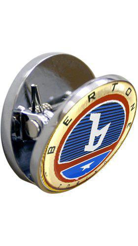 Afbeeldingen van magneet pin met Bertone logo